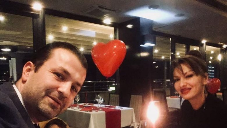 Adelina Ismaili i drejtohet bashkëshortit, Vali Krasniqit: Ti je Valentini i ëndrrave të mia