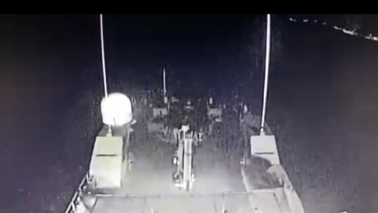 Pamjet kur turqit goditën anijën greke, duke rrezikuar luftën (Video)