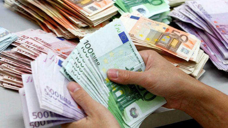 Valuta Euro i humb Bankës së Shqipërisë rreth 6 miliardë lekë në vit