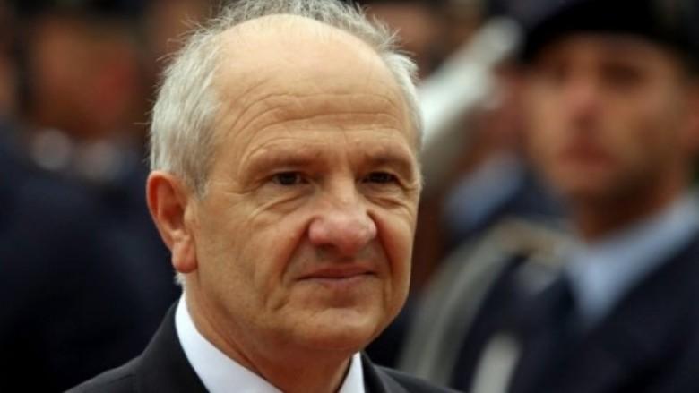 Fatmir Sejdiu: Rugova e la me gojën e tij që unë ta trashëgoj