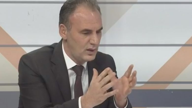 """Limaj: Debati për flamurin """"Te Rrethi"""" i Prishtinës është i panevojshëm (Video)"""