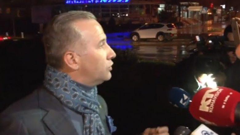 Qytetarët fyejnë nënkryetarin e Prishtinës, Selim Pacolli (Video)