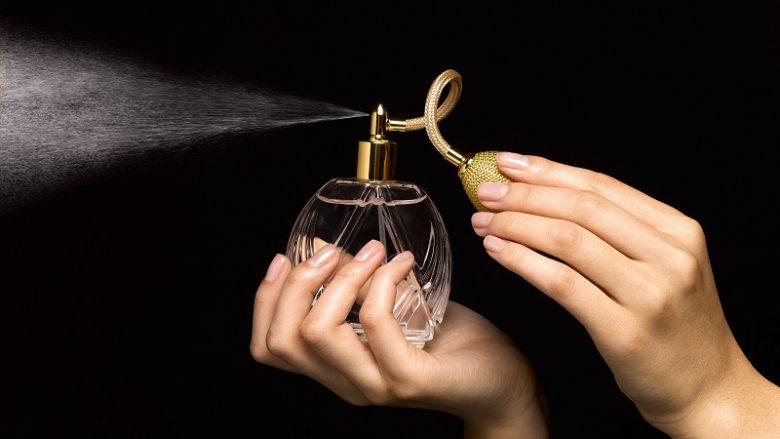 Franca eksportuesi më i madh i parfumit në BE, Holanda importuesi kryesor