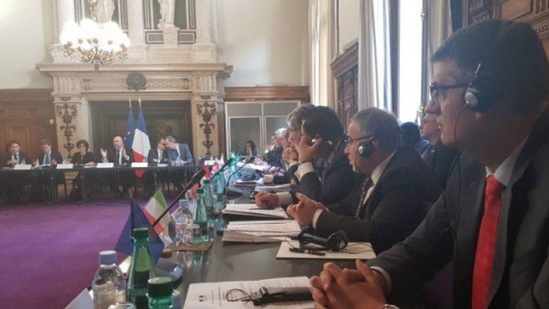 Ministri Rikalo prezanton bujqësinë kosovare në Konferencën për Ushqim në Paris