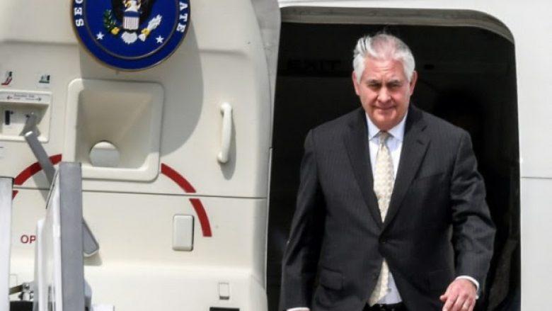 Tillerson fillon një turne në Lindjen e Mesme