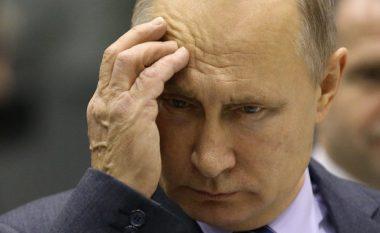 Putin 'pritet të jep dorëheqje' nga pozita e presidentit në fillim të vitit të ardhshëm mes frikës se është i sëmurë me Parkinson