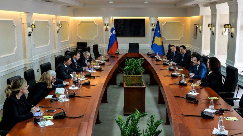 Presidenti slloven takon përfaqësuesit e VV-së, flasin situatën politike në Kosovë