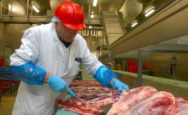Media belge: Mishi i eksportuar në Kosovë ishte 12 vjet i vjetër