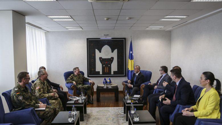 Haradinaj takoi përfaqësuesit e NATO-s, diskutuan për të ardhmen e FSK-së