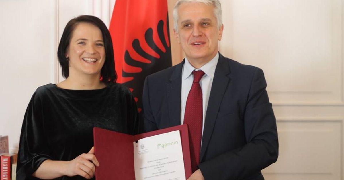 GERMIN nënshkruan marrëveshje bashkëpunimin me Ministrinë e Diasporës të Shqipërisë