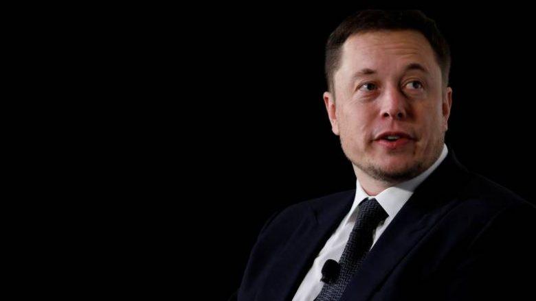 Shprehitë që Elon Musk, Bill Gates dhe Mark Cuban i kanë larguar para se të bëheshin të suksesshëm