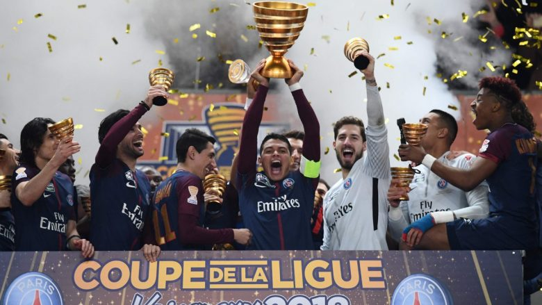 PSG fiton Kupën e Ligës, mposht Monacon në finale