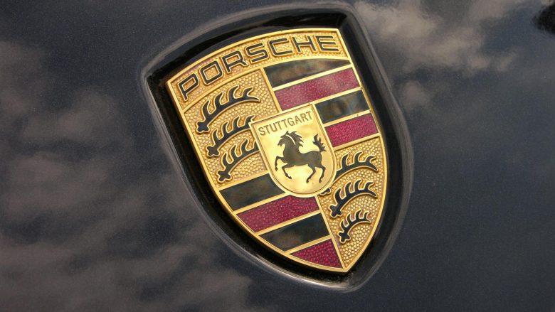 Porschen e 48 mijë eurove, ia konfiskuan vetëm dhjetë minuta pas blerjes (Foto)