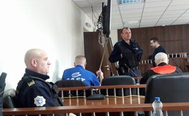 Në gjykimin e Vukotiqit dëshmitarja tregon si u vranë katër shqiptarët