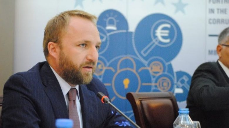 Ministri i Drejtësisë i painformuar për ekstradimin e gylenistëve!