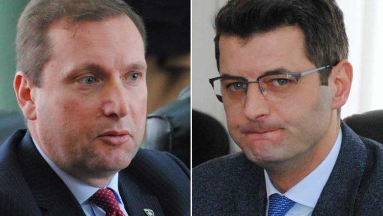 """Ministri Sefaj dhe shefi i AKI-së """"kurbanë"""" të Listës serbe"""