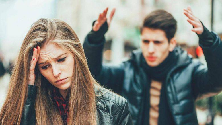 Meshkujt vërtet janë më pak emocionalë sesa femrat