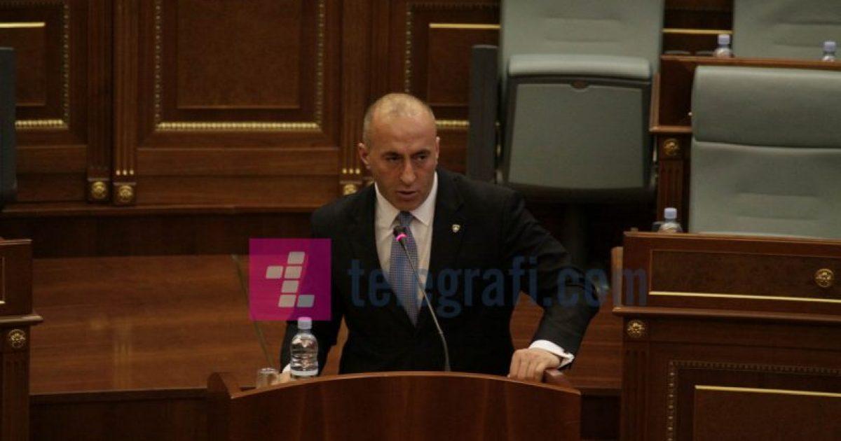 Haradinaj ndalon fjalimin në seancë kur dëgjon imamin në xhami