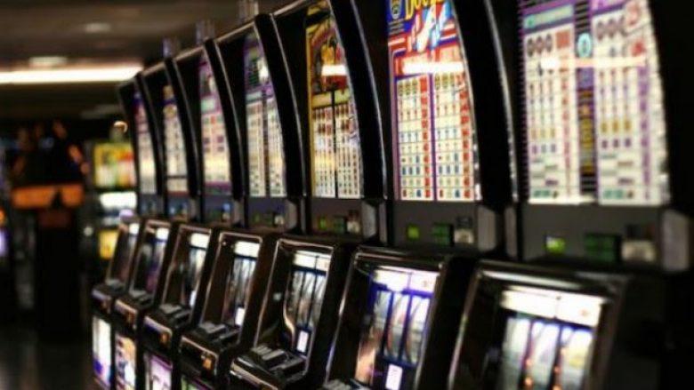Konfiskohen 12 aparate të lojërave të fatit në Prishtinë