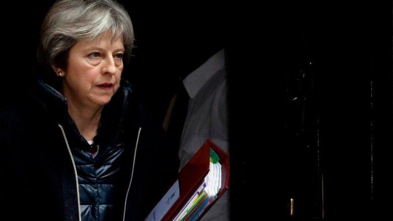 Përgjigje ndaj helmimit të spiunit, Britania dëbon 23 diplomatë rusë – ata kanë vetëm një javë kohë për t'u larguar