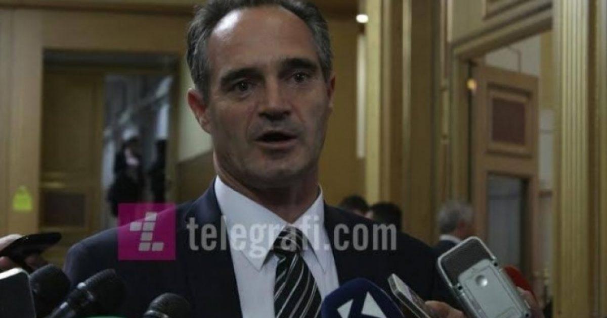 Hasani: S'pajtohem me demarkacionin, por do të jem në shërbim të qytetarëve
