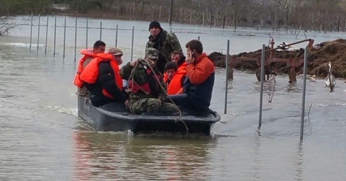 Zgjerohen përmbytjet në Shkodër