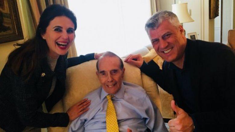 Presidenti Thaçi gjatë qëndrimit në Washington viziton mikun e Kosovës Bob Dole