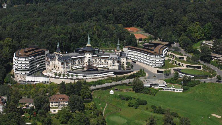 Duhet të shkoni patjetër, këto janë hotelet më të famshme në botë, që ngjajnë si muze arti (Foto)