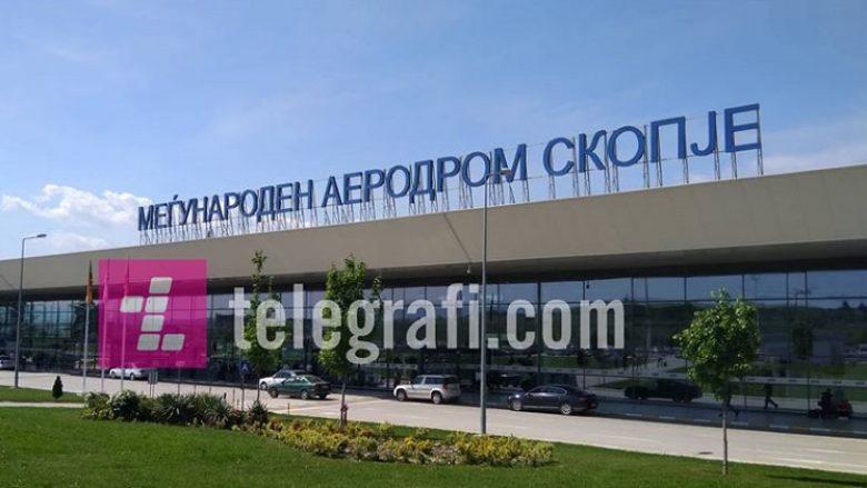 Parandalohet kontrabandimi i dy kilogramëve kokainë në Aeroportin e Shkupit (Foto)