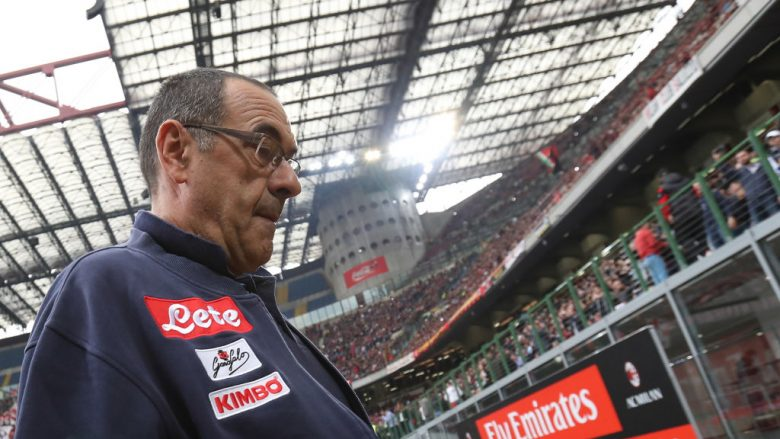 MILAN, ITALY - APRIL 15:  SSC Napoli coach Maurizio Sarri looks on before the serie A match between AC Milan and SSC Napoli at Stadio Giuseppe Meazza on April 15, 2018 in Milan, Italy.  (Photo by Marco Luzzani/Getty Images)