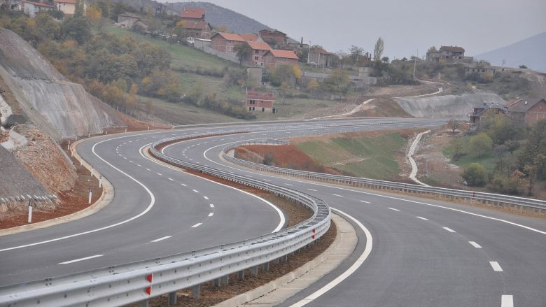 Komunikacioni në Maqedoni, nuk ka pritje të gjata në kalimet kufitare