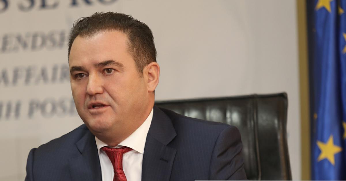 Rrahim Pacolli: Nëse ministri Sefaj nuk e vazhdon punën, AKR do të largohet nga koalicioni