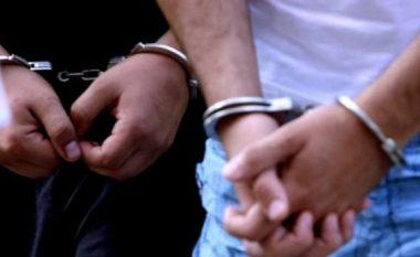 Dy të arrestuar për vjedhje të rëndë në Prizren