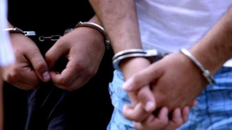 """Policia arreston 31 persona të dyshuar për """"marrje me prostitucion"""""""