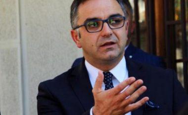 Tahiri i reagon Mustafës: Qeveria Haradinaj ka shumë këshilltarë e zëvendësministra, por e ka edhe guximin për vendimmarrje
