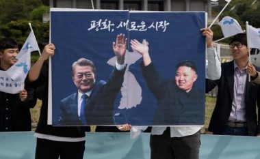 Kim Jong-un kalon kufirin, takimi historik dhe pisha që bashkon dy Koretë – detajet tanimë dihen, që nga axhenda, deri tek menyja e darkës