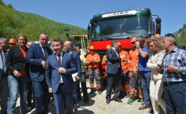 Lekaj reagon lidhur me rrugën Deçan-Plavë, është duke u punuar brenda zonës së mbrojtur