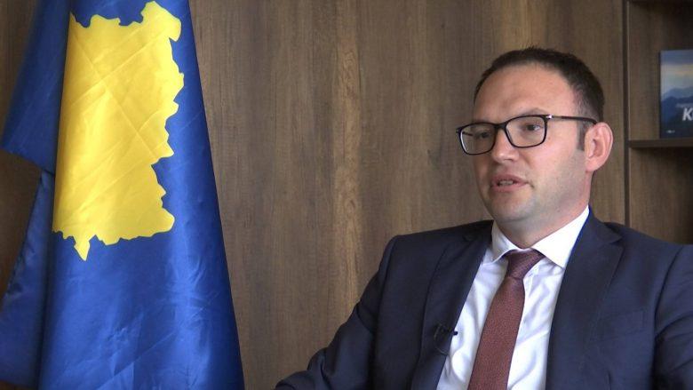 Privatizimi i Telekomit mund të shtyjë hyrjen e operatorit të tretë mobil (Video)