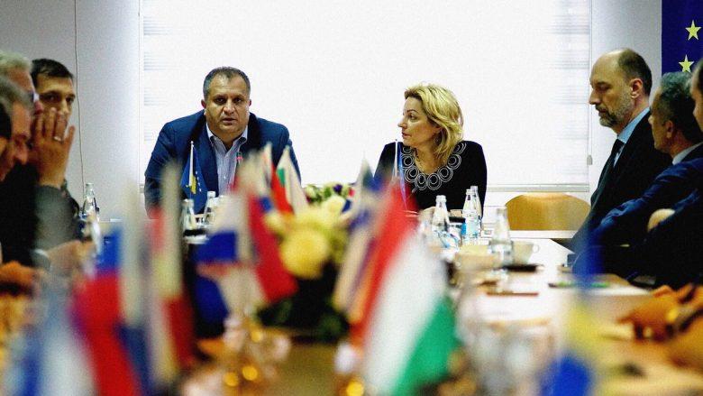 Ahmeti: Ia prezantuam Apostolovës platformën politike të PSD