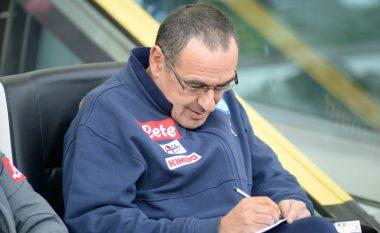 Sarri së bashku me tre futbollistë të Napolit drejt Chelseat