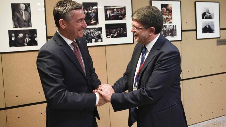 Veseli thotë se eurodeputetët mbështesin heqjen e vizave për Kosovën
