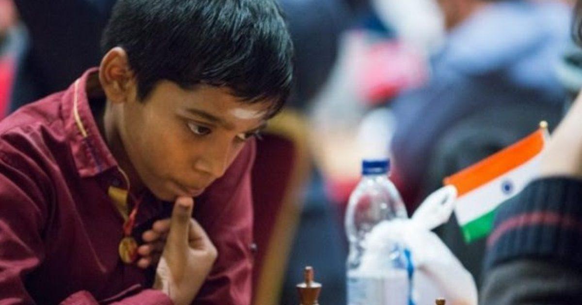 Fenomeni 12 vjeçar bëhet mjeshtër i madh i shahut