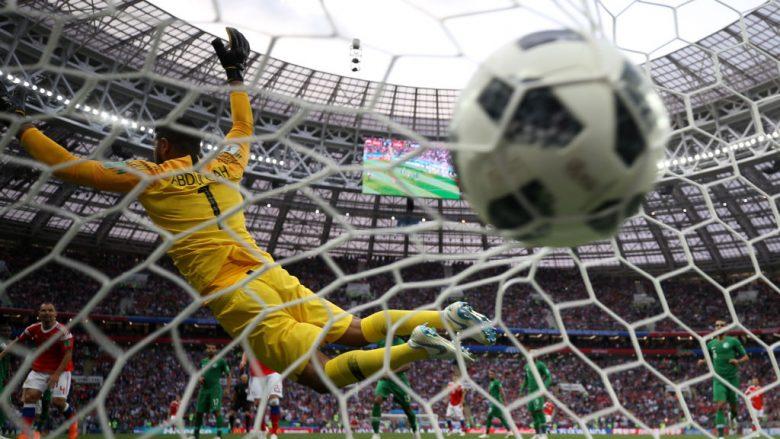 Rusia kalon në epërsi ndaj Arabisë Saudite, goli i parë i Botërorit shënohet nga Gazinskiy
