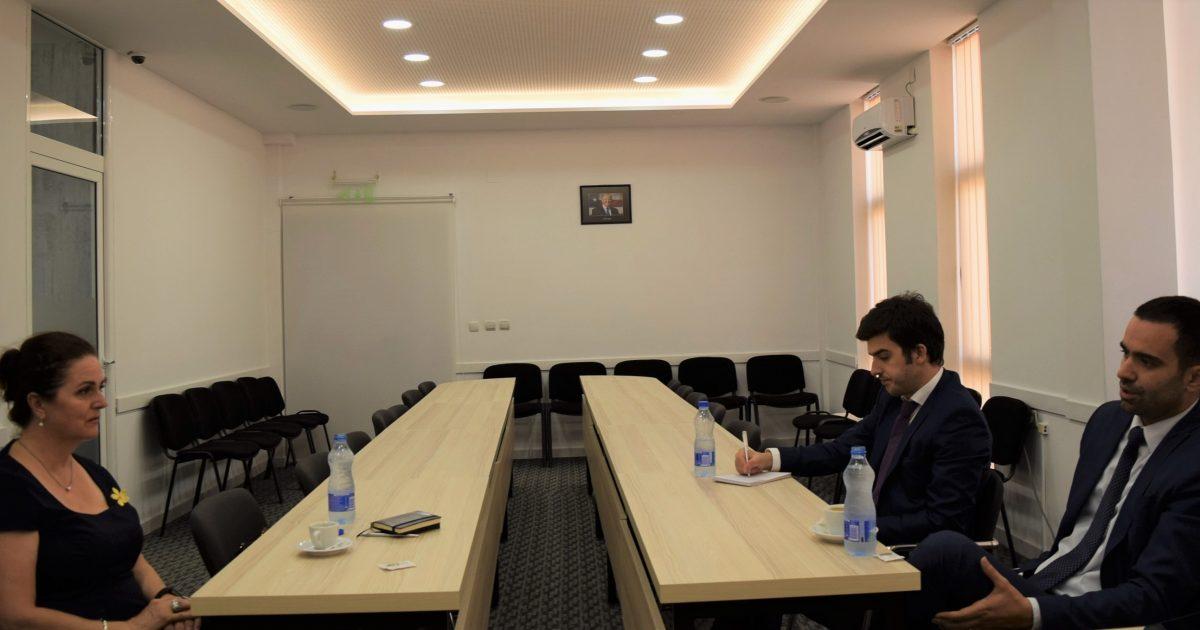 oeak-dhe-konsullata-e-kosoves-ne-nju-jork-dakordohen-per-aktivitete-te-perbashketa-promovuese