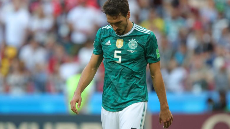 KAZAN, RUSSIA - JUNE 27:  Mats Hummels of Germany stands dejected following the 2018 FIFA World Cup Russia group F match between Korea Republic and Germany at Kazan Arena on June 27, 2018 in Kazan, Russia.  (Photo by Alexander Hassenstein/Getty Images, )
