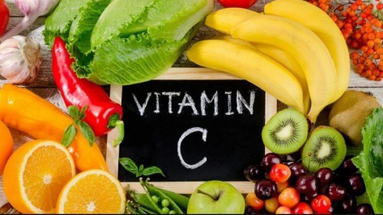 Vitamina C është mrekulli për zemrën: I parandalon sëmundjet e artereve dhe i forcon muret e enëve të gjakut