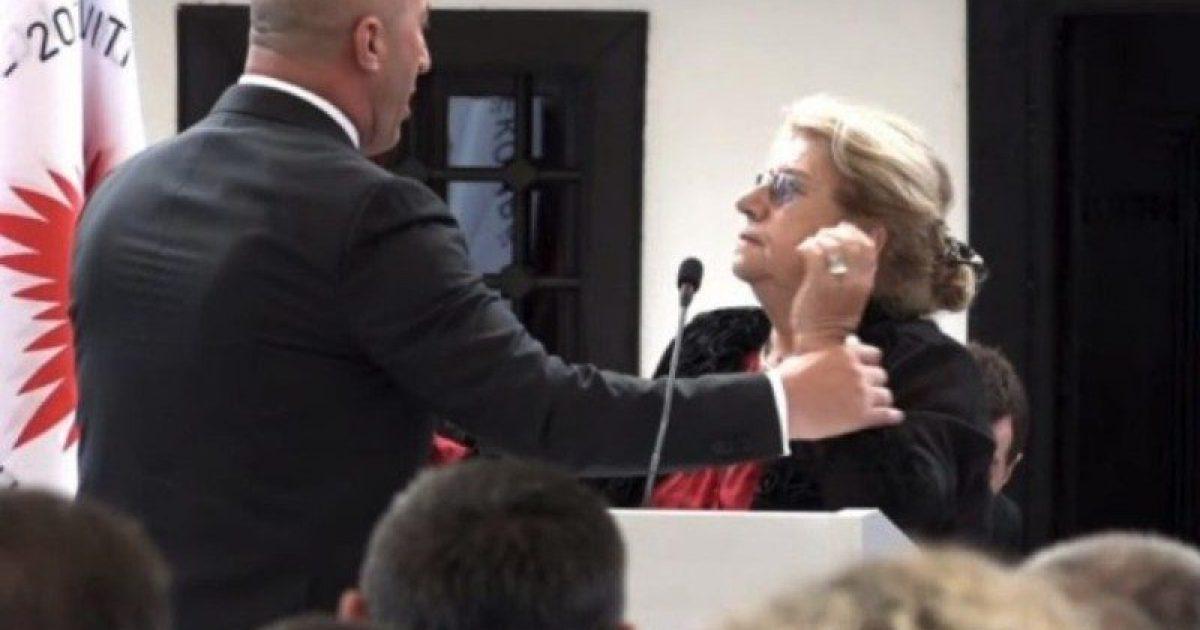 Gruaja të cilën e përzuri Haradinaj nga foltorja, kishte provokuar skandal të ngjashëm edhe në Shqipëri (Video)