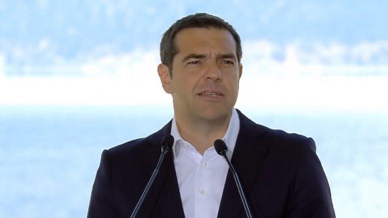 Tsipras: Shpresoj që referendumi në Maqedoni të jetë i suksesshëm