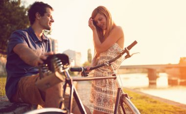 Dashuria, rifitojeni partnerin me dhjetë lëvizje!