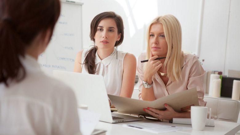 Mesatarisht një femër mendon 17 herë brenda vitit ta lë punën